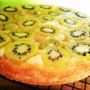 Upside Down Kiwi-Lemon Cake